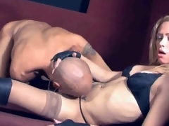 Sultry shemale Camila keeps on pumping her ass